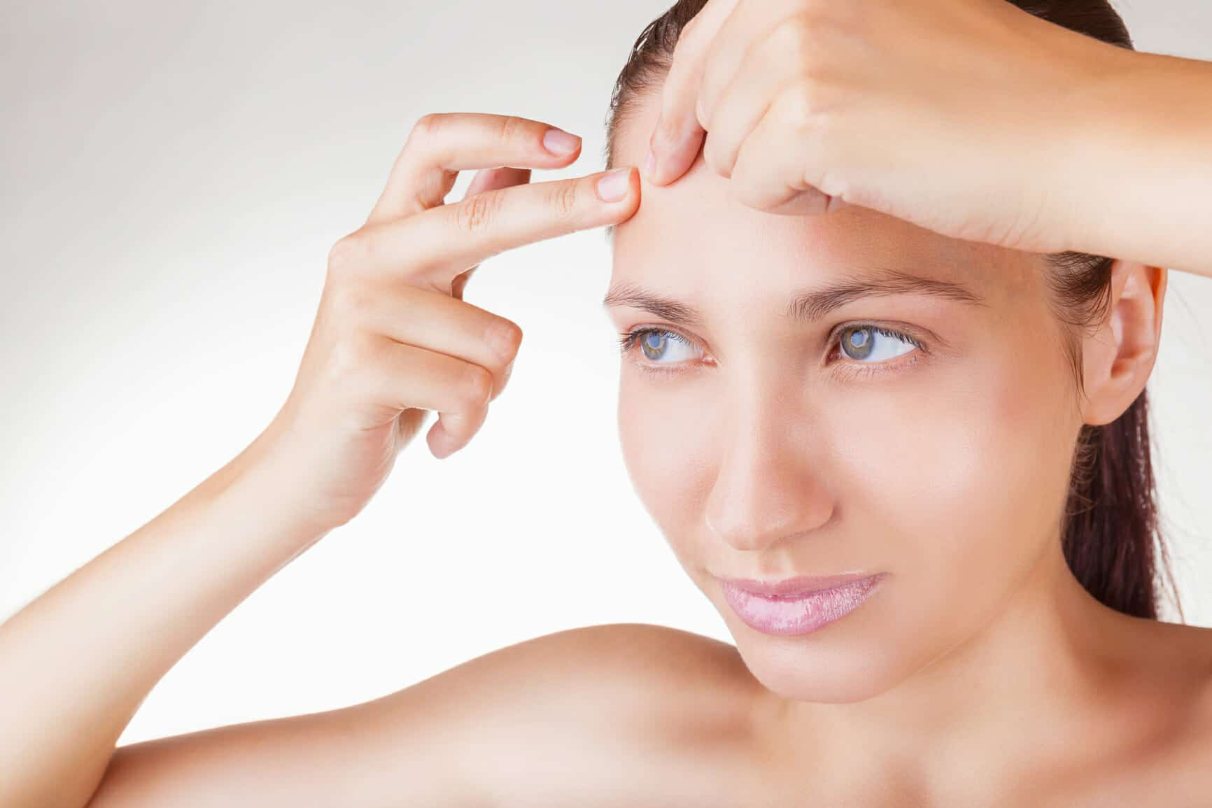 How to reduce pimples on forehead naturally