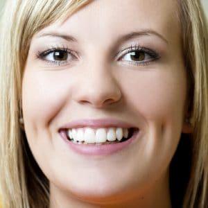 Healthy & white teeth