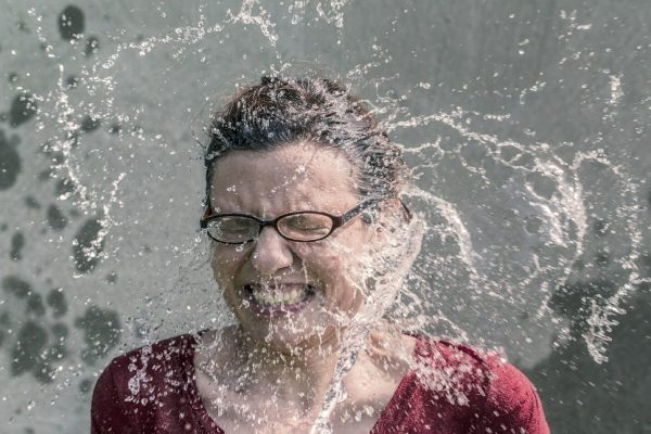 woman-splash-water